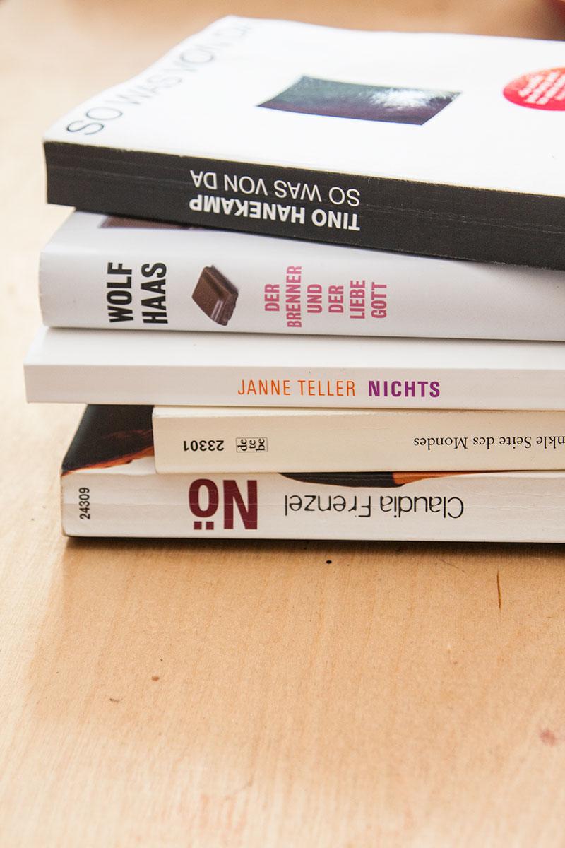 Frage Foto Freitag - Fünf Bücher