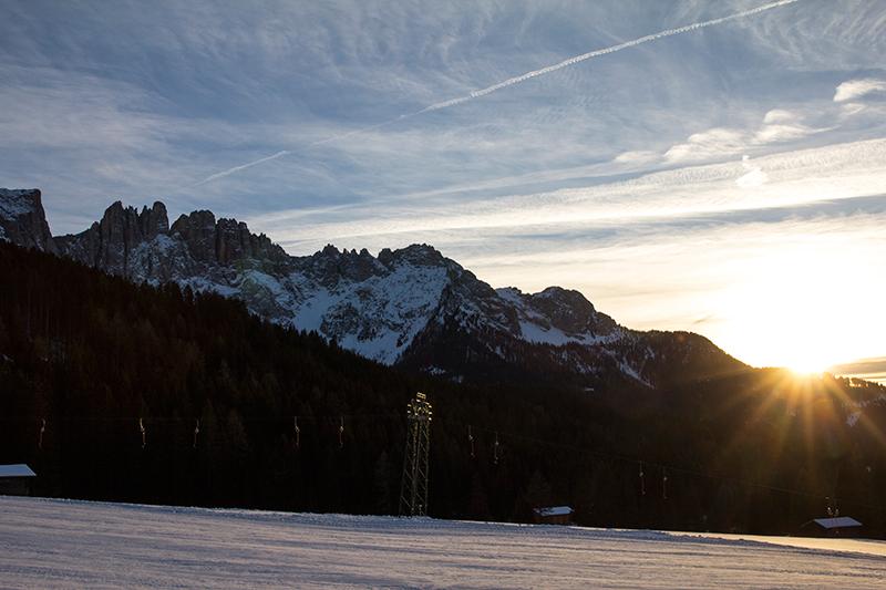 Carezza Skigebiet am Morgen