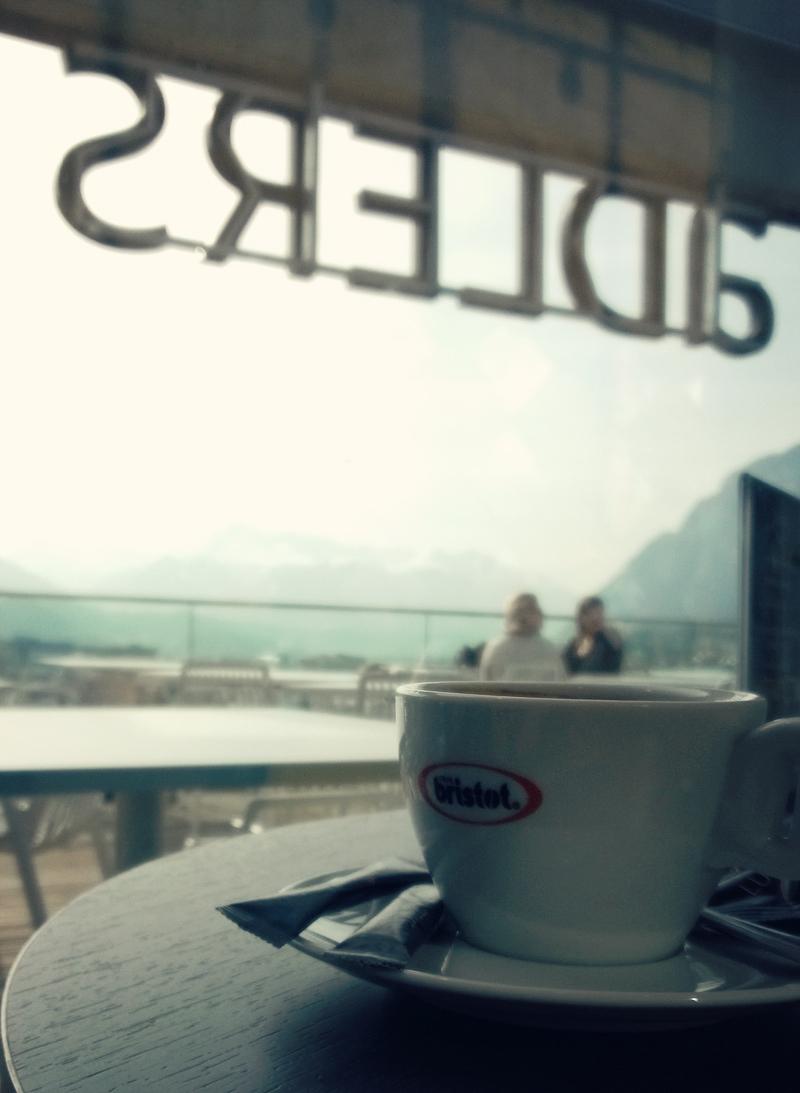 Kaffee im Hotel aDLERS Innsbruck - Tirol - butterflyfish
