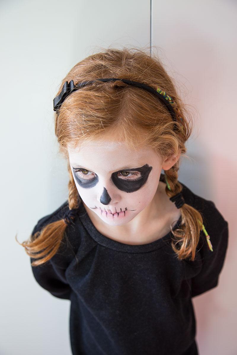 halloween skelett schminken halloween schminke f r frauen gruselige makeup ideen with halloween. Black Bedroom Furniture Sets. Home Design Ideas