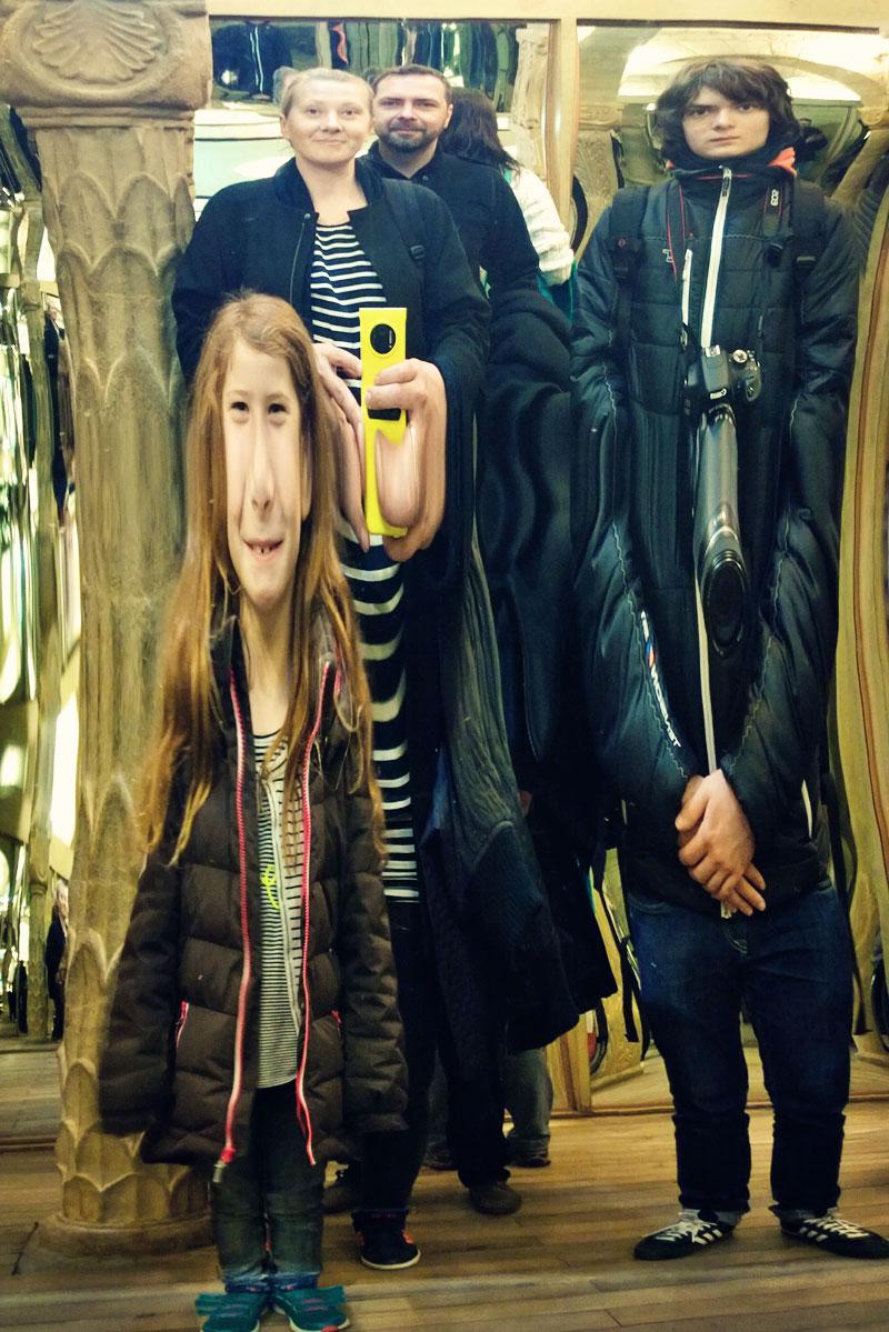 prag mit kindern spiegellabyrinth