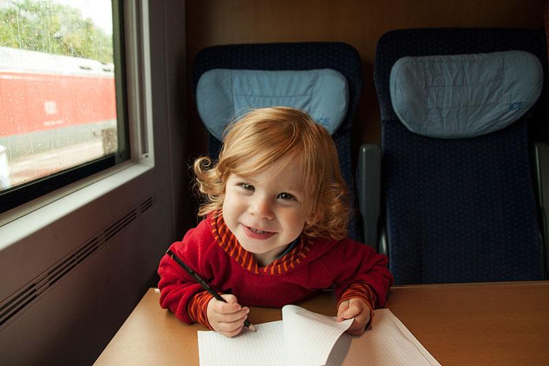 travel with kids bahnfahren