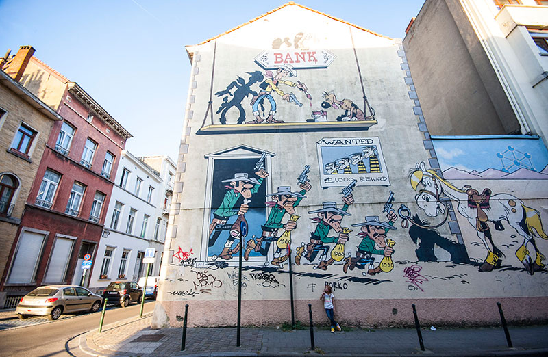 lucky luke comic wall bruxelles