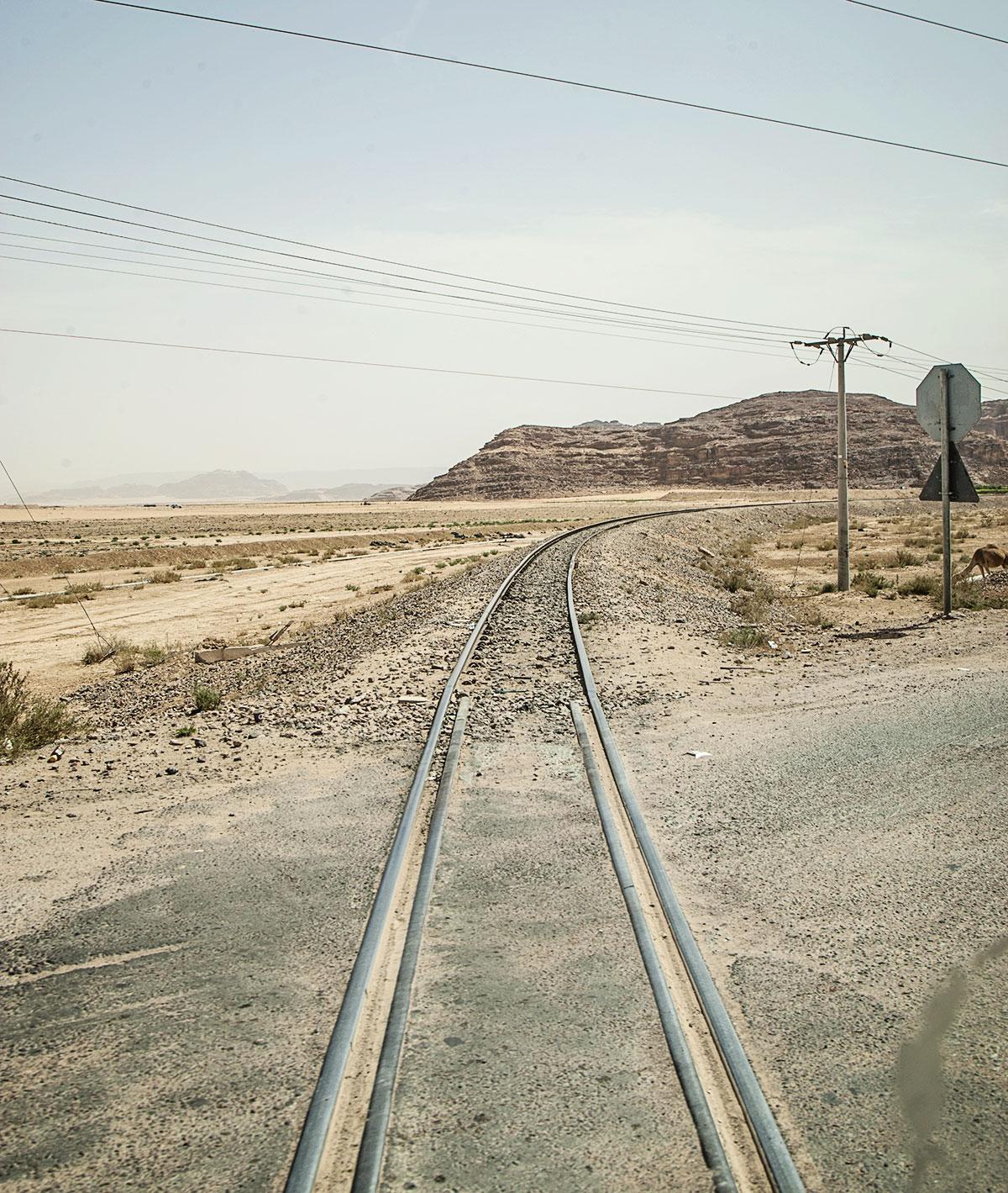 mit kindern nach jordanien reisen hedschasbahn lok