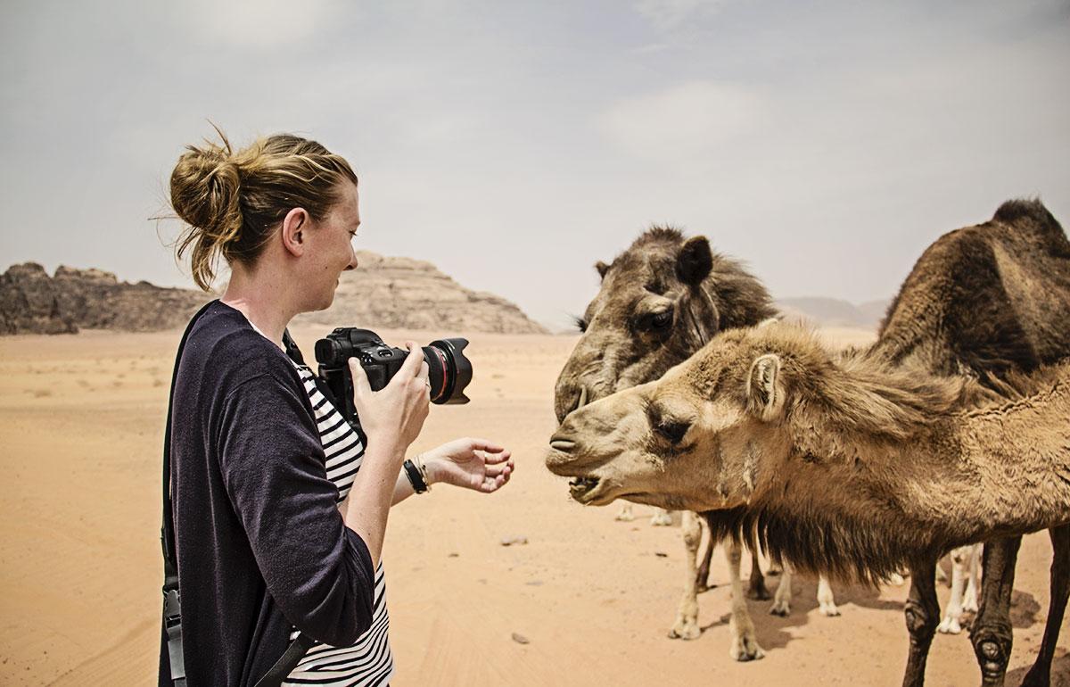 mit kindern nach jordanien reisen kamele