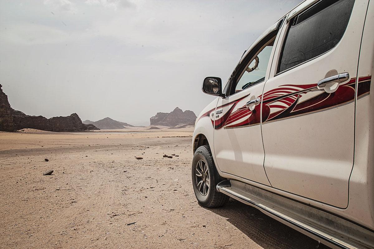 mit kindern nach jordanien reisen wadi rum jeeptour