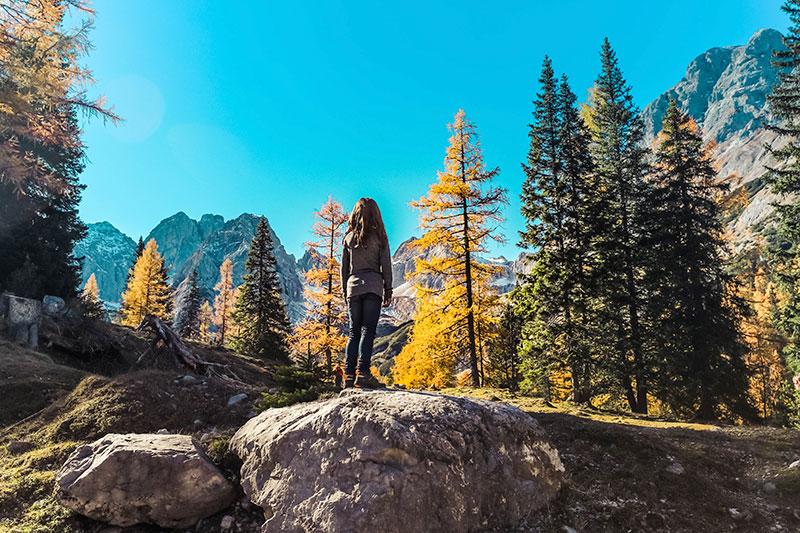 urlaub in den alpen - wandern mit kind
