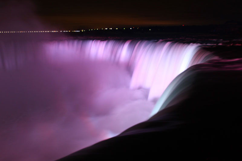 Niagarafalls night
