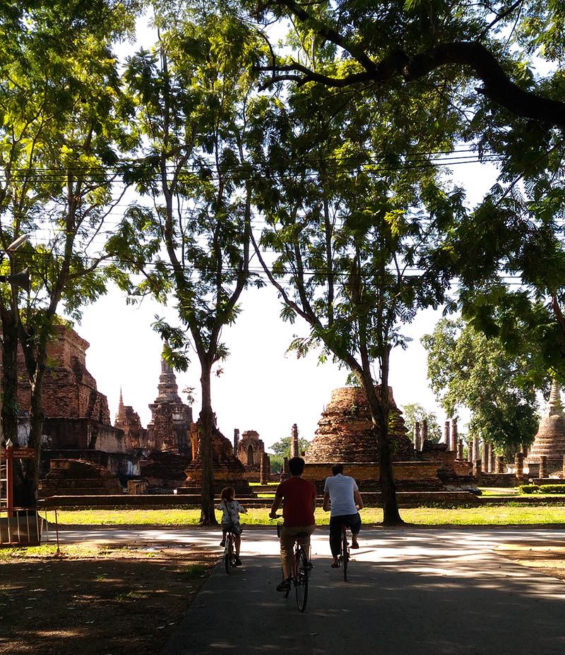 roadtrip thailand sukhothai